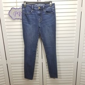 AEO High Rise Jegging Jeans 360 Stretch Size 4